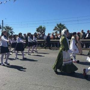 Στιγμιότυπο από την παρέλαση στο Π. Φάληρο